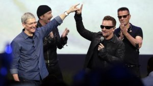 u2_apple_bono_tim_cook_2014_l (1)